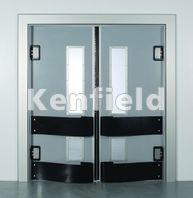 K250 GRP Retail Swing Door: Teardrop bumper impact protection